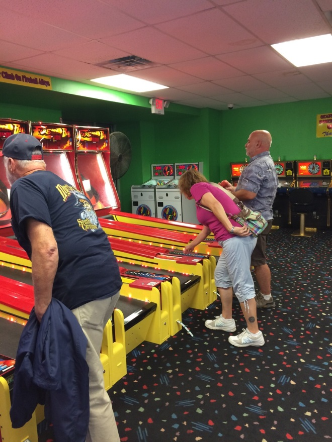 we finished off the evening with a couple games of skee ball - I think Gene had the high score!